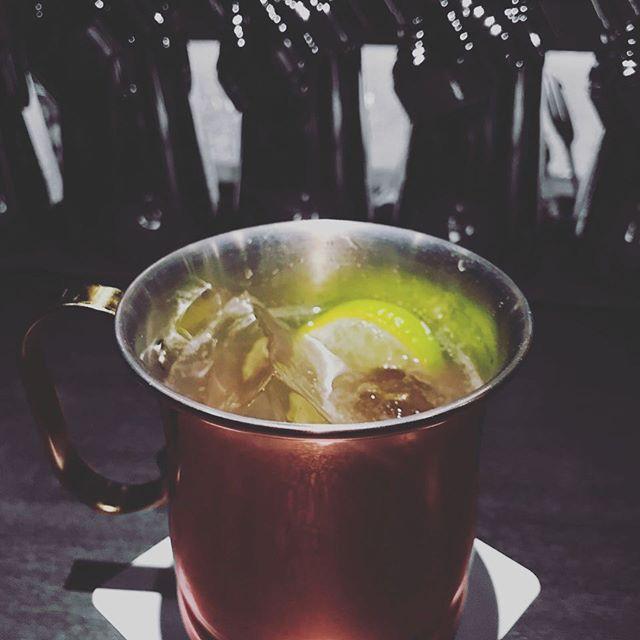 自家製ジンジャエールのモスコミュール通常のジンジャエールよりも生姜をきかせて少し辛口のサッパリした味わいです(^-^) #bar #johndoe #shimokitazawa #whiskey #cocktails #foods #pasta #bourbon #new #open #下北沢 #南西口 #バー #ウイスキー #1人呑み #隠れ家 #静か #バーボン #カウンター #カクテル #ワイン #パスタ #グラタン #食事 #山口県 #地ビール#19:00から #朝6:00まで#homemade #gingerale #自家製 #ジンジャー#moscowmule #モスコミュール - from Instagram