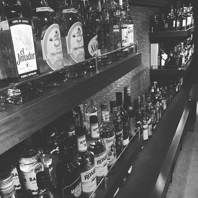 本日も通常営業しております。#bar #johndoe #shimokitazawa #whiskey #cocktails #beer #wine #foods #pasta #bourbon #new #open #下北沢 #南西口 #バー #ウイスキー #1人呑み #隠れ家 #静か #バーボン #カウンター #カクテル #ワイン #パスタ #グラタン #食事 #山口県 #地ビール#19:00から #朝6:00まで本日の下北沢BarJohnDoe