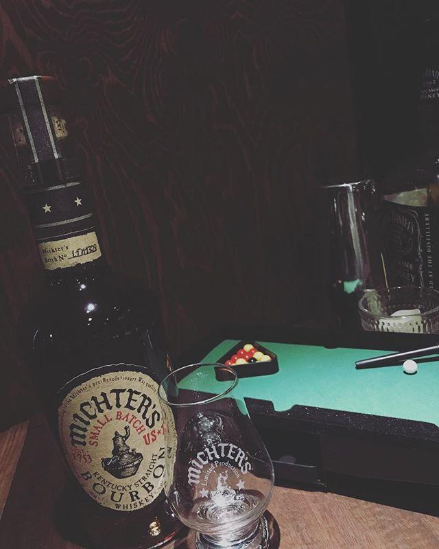 「ミクターズ スモールバッチ」再入荷しました!前回、すぐにカラになったのでまだ飲まれてない方は是非٩( 'ω' )و#bar #johndoe #shimokitazawa #whiskey #cocktails #beer #wine #foods #pasta #bourbon #new #下北沢 #南西口 #バー #1人呑み #隠れ家 #カクテル #ワイン #パスタ #グラタン #食事 #山口県 #二次会 #デート #深夜営業 #貸切 #michters #ミクターズ#濃厚#コスト度外視本日の下北沢BarJohnDoe