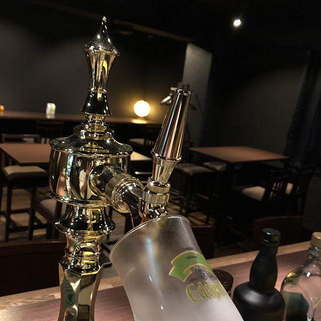 本日は17時より通常営業です\(^-^ )ご来店お待ちしております!#bar #johndoe #shimokitazawa #whiskey #cocktails #beer #wine #foods #pasta #bourbon #new #下北沢 #南西口 #バー #1人呑み #隠れ家 #カクテル #ワイン #パスタ #グラタン #食事 #山口県 #二次会 #デート #深夜営業 #貸切#beer#お盆営業 #pm5 #今週は休みなしです本日の下北沢BarJohnDoe