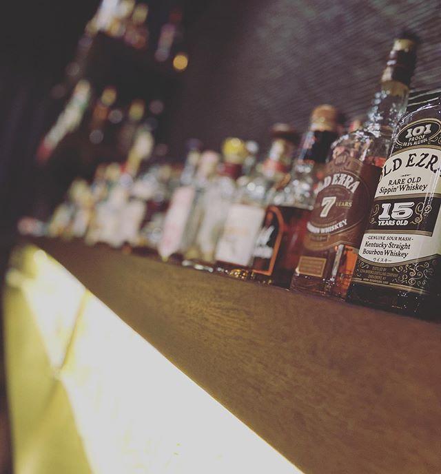 お久しぶりです。皆さま、お身体の方は大丈夫でしょうか。ジョンドーはグラタンの持ち帰りのみの営業を続けておりましたが、6月1日月曜日より19時から営業再開致します。自粛自粛で我慢した分、ジョンドーでゆったりとした時間をお過ごし下さいませ。#bar #johndoe #shimokitazawa #whiskey #cocktails #beer #wine #foods #pasta #下北沢 #南西口 #バー #1人呑み #隠れ家 #カクテル #ワイン #パスタ #グラタン #食事 #山口県 #二次会 #デート #深夜営業 #貸切#再開#コロナ#6月1日 #お久しぶり本日の下北沢BarJohnDoe